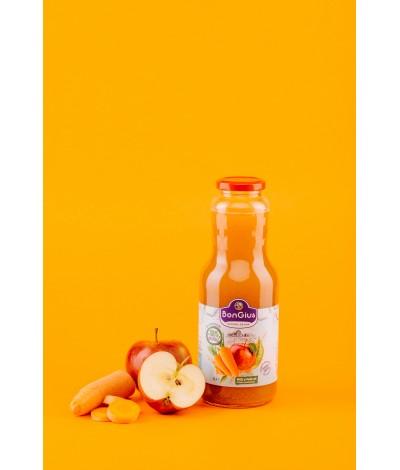 Suc natural din mere si morcovi